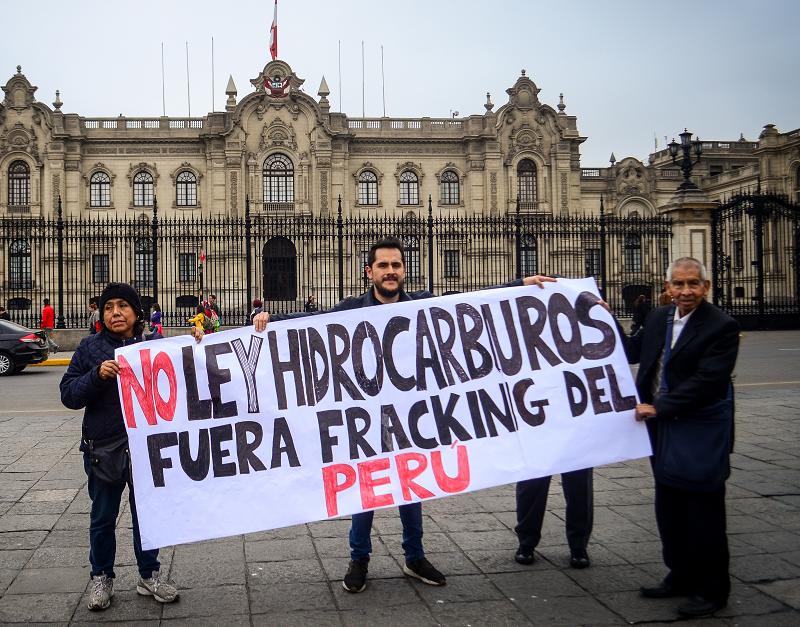 Ley de hidrocarburos dará facultades a fuerzas armadas para proteger a petroleras