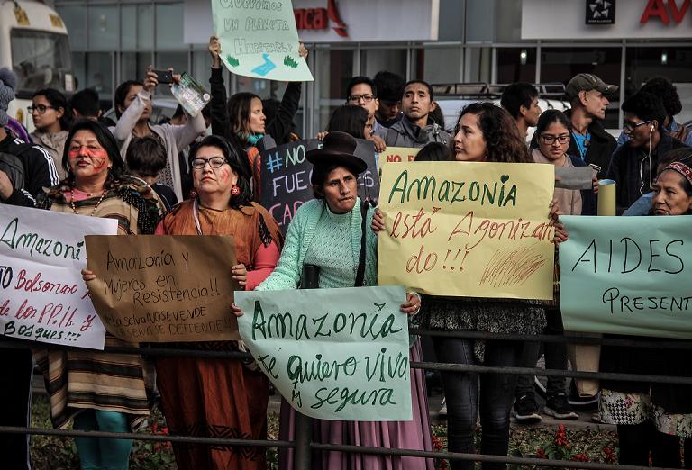 Mientras protestábamos por la Amazonía, líderes indígenas se amanecían trabajando propuestas contra el Cambio Climático
