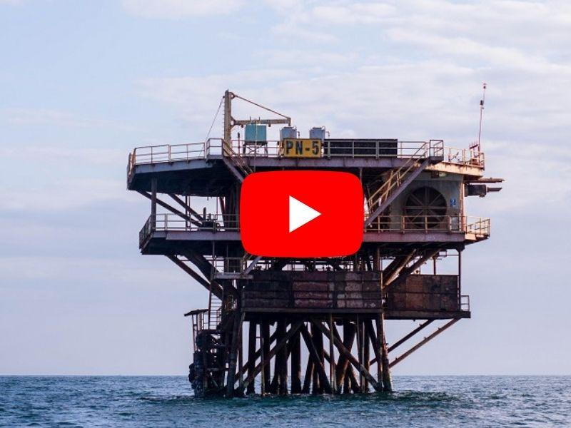 Pescadores artesanales se enfrentan a gigantes del petróleo (documental)