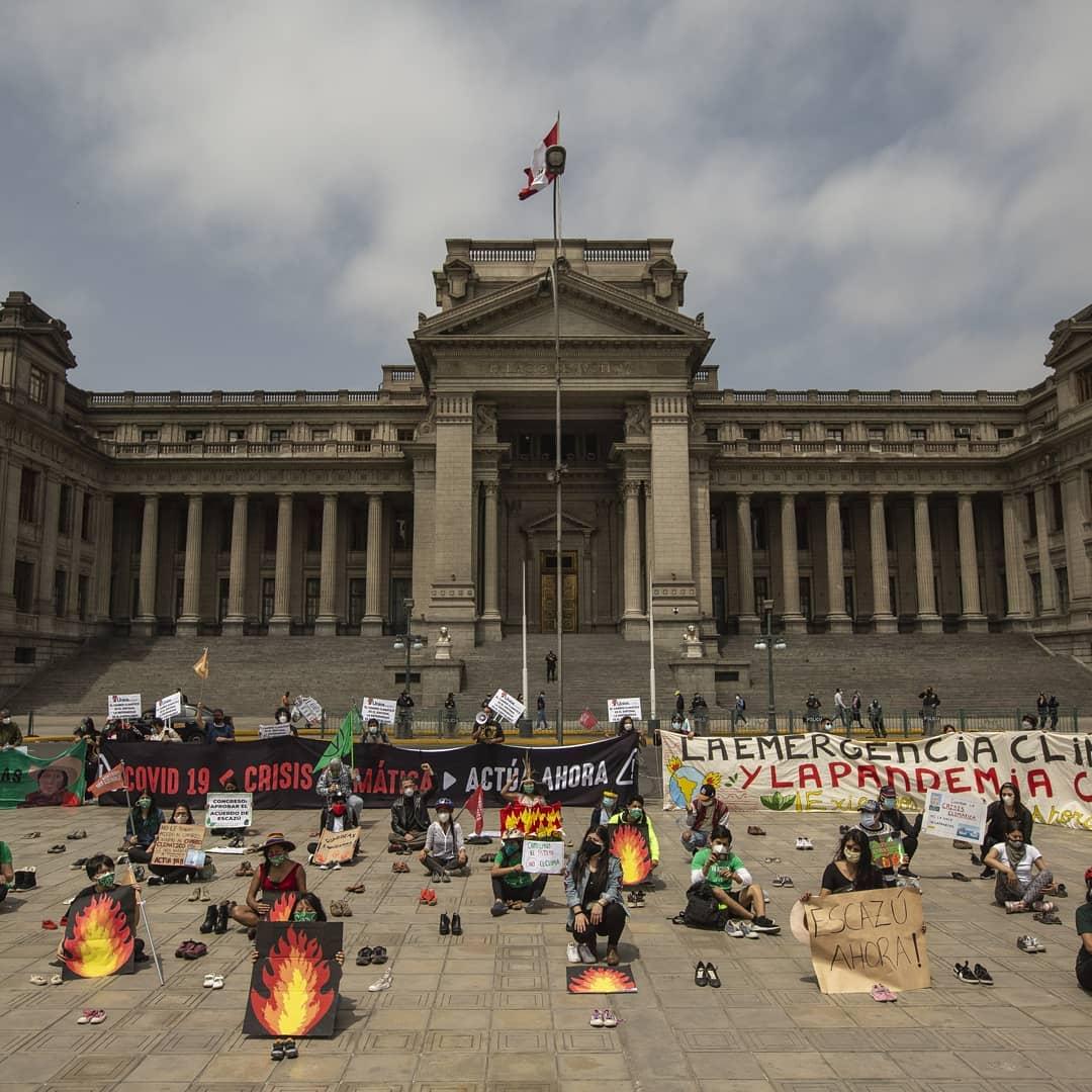 La rebelión pacifista por el Planeta